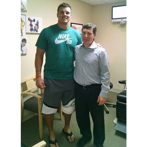 Dr.-Smithson-and-Ryan-Kerrigan-Washington-Redskins