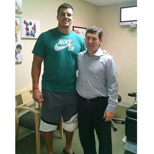 Dr.-Smithson-and-Ryan-Kerrigan-Washington-Redskins